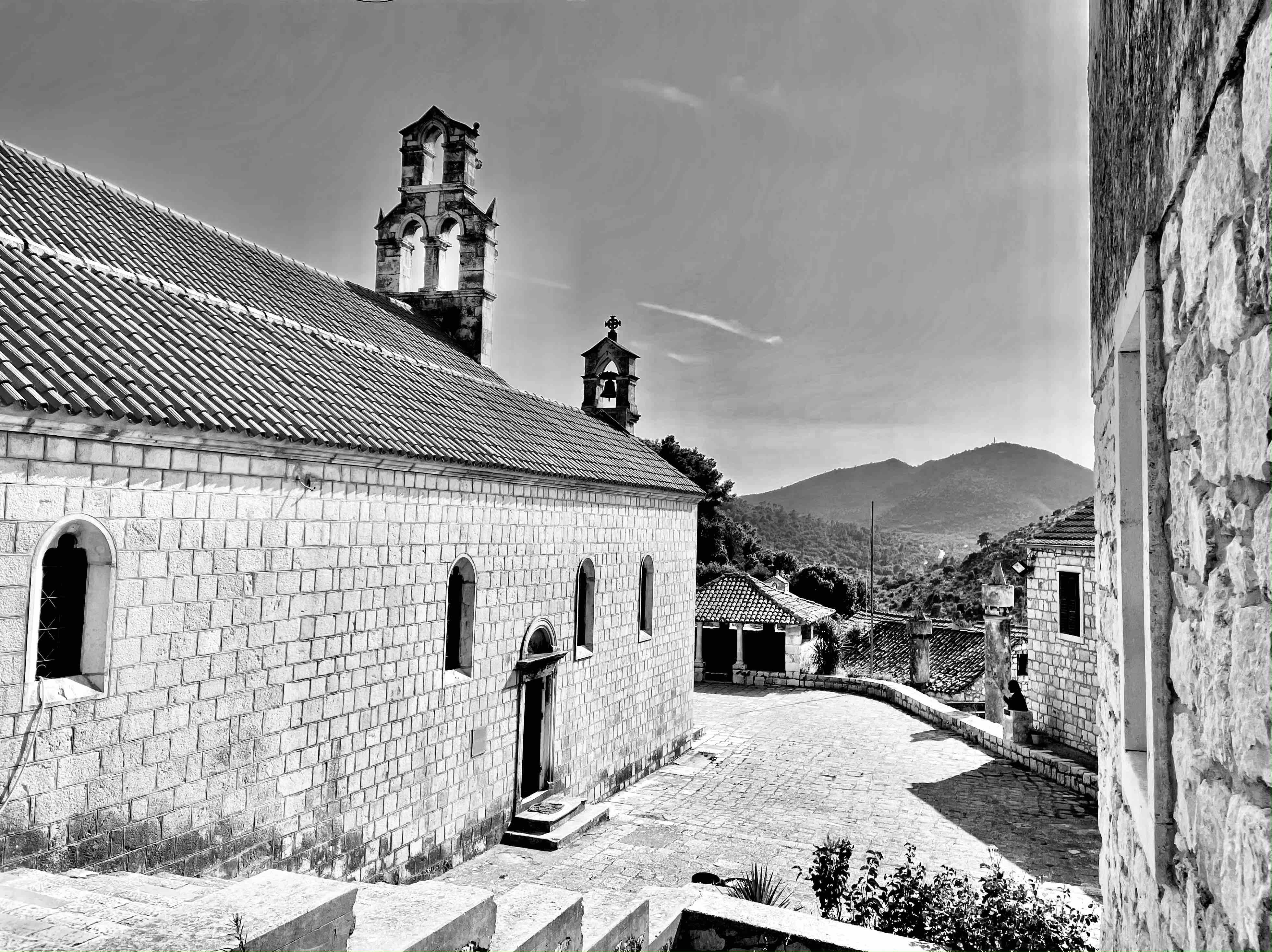Kostelík na ostrově